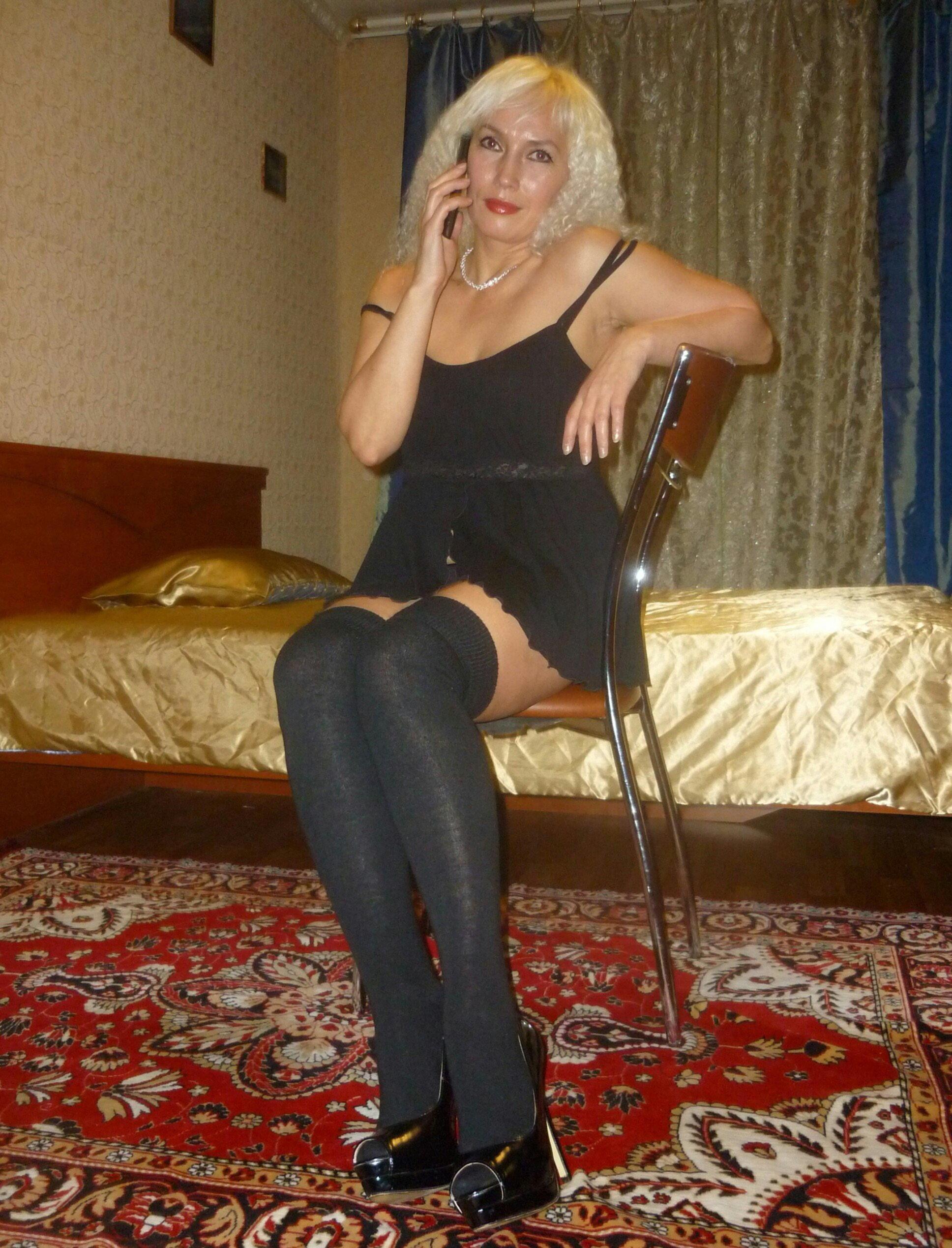 Порно где купить проститутку в московской области жена